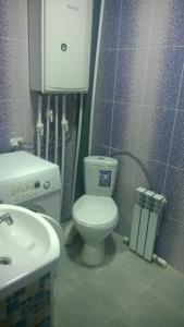 A bathroom at СО Заря 211