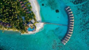 A bird's-eye view of Filitheyo Island Resort