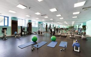 The fitness centre and/or fitness facilities at Seaside Los Jameos