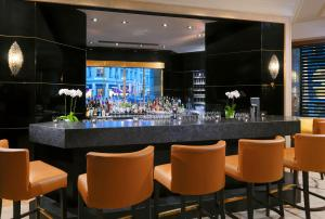 The lounge or bar area at The Westin Grand Berlin
