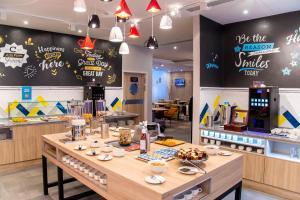 Ресторан / где поесть в Hampton by Hilton Brest