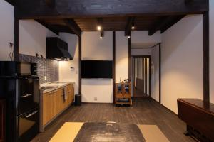 A television and/or entertainment center at Zaimoku-an