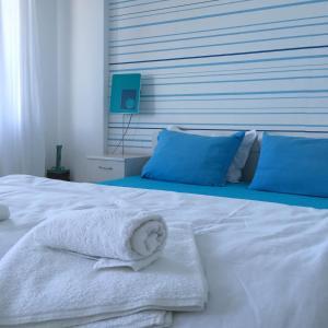 Cama o camas de una habitación en Deep Blue Guest House