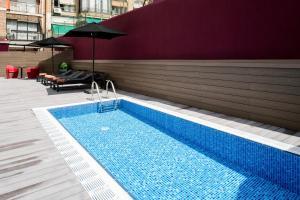 The swimming pool at or near Catalonia Diagonal Centro