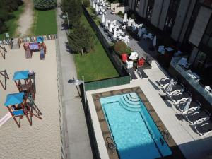 A view of the pool at Hotel Carril or nearby