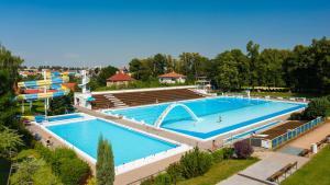 Bazén v ubytování Penzion V Podzámčí Litomyšl nebo v jeho okolí