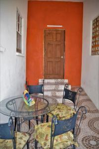 A seating area at BlazingFireGuesthouse