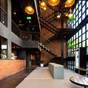 The lobby or reception area at BED STATION Hostel Khaosan