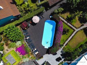 Uitzicht op het zwembad bij Quinta De Santana of in de buurt