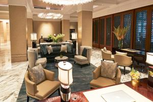 The lobby or reception area at The Capitol Kempinski Hotel Singapore (SG Clean, Staycation Approved)