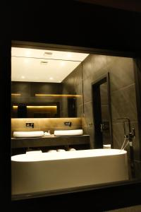 A bathroom at Hotel Rubis