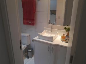 A bathroom at Casa da Lia