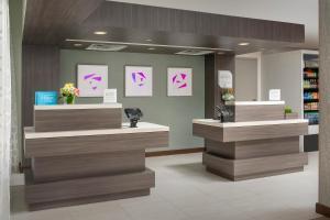 منطقة الاستقبال أو اللوبي في فندق أوربانو ميامي
