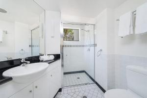 A bathroom at The Palms 1 @ Clarkes Beach