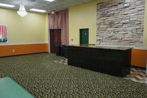 A bed or beds in a room at RELAX INN