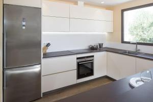 A kitchen or kitchenette at Can Rafal