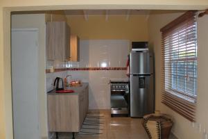 A cozinha ou cozinha compacta de Pura Vida