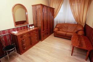 Гостиная зона в Chkalov Hotel