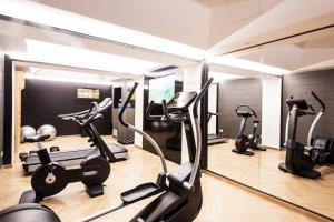 The fitness centre and/or fitness facilities at Senato Hotel Milano