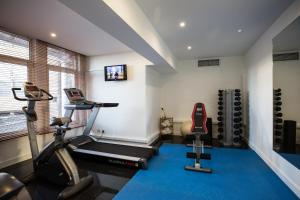 The fitness center and/or fitness facilities at Legendary Porto Hotel