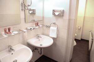 Ein Badezimmer in der Unterkunft Park Hotel am Berliner Tor