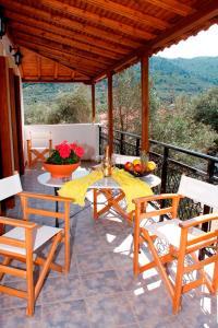 Εστιατόριο ή άλλο μέρος για φαγητό στο Artemis Bungalows
