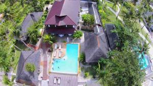 Uma vista da piscina em Romantic Beach Villas ou nos arredores
