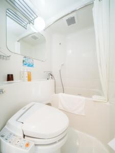 A bathroom at Super Hotel Takamatsu Tamachi