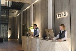 The lobby or reception area at Hotel Tayko Bilbao