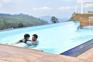 The swimming pool at or near Hilldale Retreat