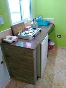 Una cocina o kitchenette en Departamento Capilla
