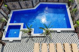 Вид на бассейн в Гостевой Дом Ирина или окрестностях