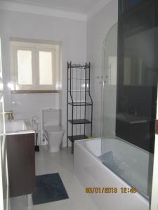 A bathroom at Beautiful Lisbon