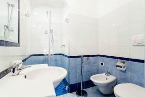 A bathroom at Casa Dorothea 1