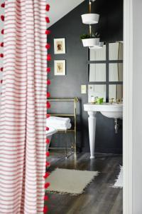 A bathroom at The Crown
