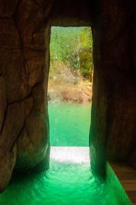 A piscina localizada em Pousada Caminho Das Cachoeiras ou nos arredores