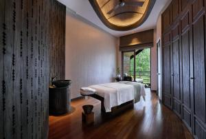 Spa and/or other wellness facilities at Mandapa, A Ritz-Carlton Reserve