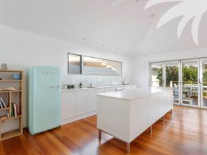 A kitchen or kitchenette at Banksia