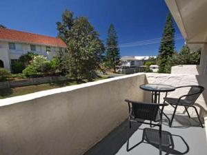 A balcony or terrace at Blueys Beach Villa - Villa Manyana Unit 22