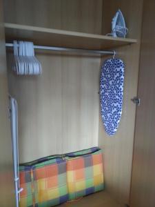 Ein Bett oder Betten in einem Zimmer der Unterkunft Sunny apartment in Pähl
