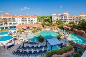 A view of the pool at Hilton Vilamoura or nearby