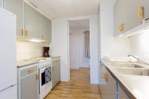 Ett kök eller pentry på Ätrans Stugby & Fritidsanläggning