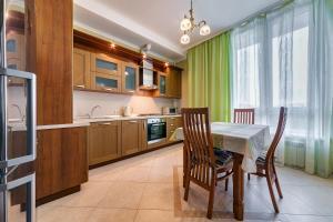 A kitchen or kitchenette at Апартаменты у моря Магнолия