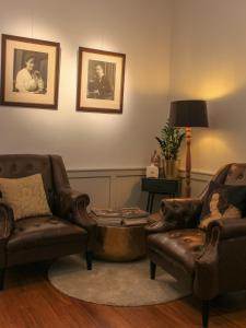 A seating area at Boutique hotel Maison Emile