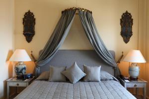 A bed or beds in a room at Divan Cukurhan