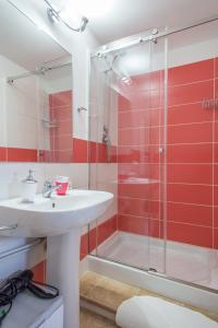 A bathroom at Le Terrazze di Pirandello