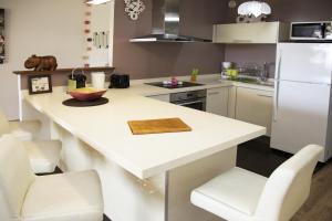 Cuisine ou kitchenette dans l'établissement Residence Tahiri Appartement vue mer