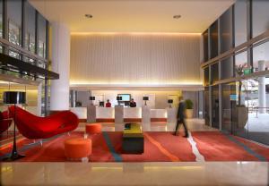 Ibis Singapore on Bencoolen (SG Clean) tesisinde lounge veya bar alanı