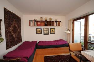 A seating area at Esben Juhls Guest Room