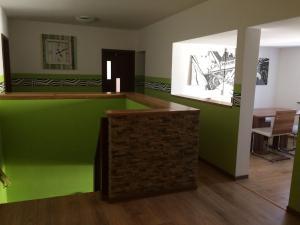 The lobby or reception area at Pension Zum alten Gasthaus Hänsel